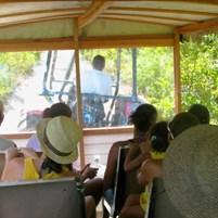 trator-na-ilha-de-boipeba