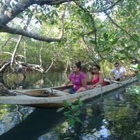 passeio-de-canoa-na-ilha-de-boipeba-9